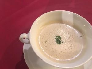 モサエビのビスク風スープ